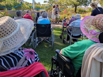 I Buskers suonano nelle strutture di CIDAS per gli ospiti anziani e con disabilità
